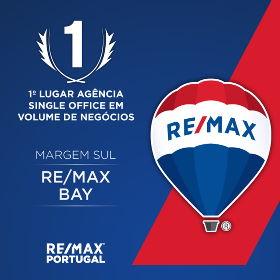 Remax Bay